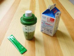 ふりふり青汁シェイカー_KOKUBO小久保工業所_青汁+牛乳
