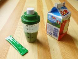 ふりふり青汁シェイカー_KOKUBO小久保工業所_青汁+ジュース