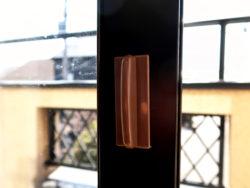 窓の引き手_KOKUBO小久保工業所_使用シーン08